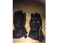 Ladies Leather motorcycle gloves