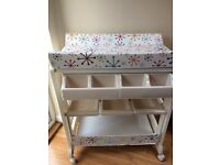 Cosatto easi peasi baby changing station excellent condition