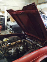 73 Triumph TR6 Engine, Transmission and rear end MUST GO !
