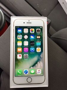 Unlocked mint condition iphone 6 gold 16gb