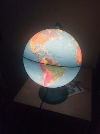 Globe lamp/night light