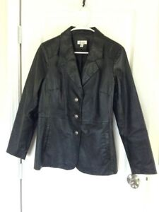 Black Leather Tailored Coat / Blazer size - M In NEW Condition!