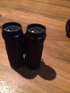Binoculars Peterborough Peterborough Area image 1