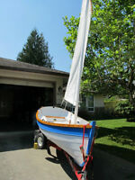 Wooden and epoxy sailboat 14 ft