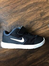 Nike baby shoes - revolution3 size 5.5 shoes