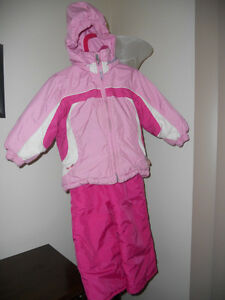 Girls Topher Snow Suit Size 2 Kitchener / Waterloo Kitchener Area image 1