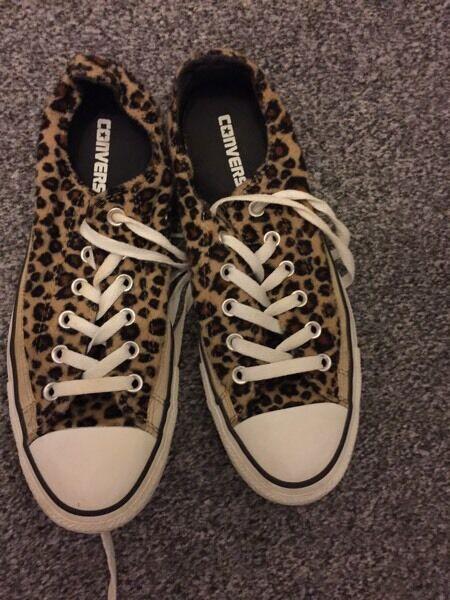 Converse ladies leopard print