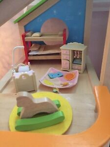 Hape Doll House and accessories  Cambridge Kitchener Area image 5