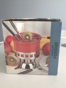 Chocolate fondue set. Never been used Kitchener / Waterloo Kitchener Area image 2