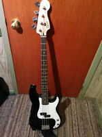Fender P Bass Guitar FS