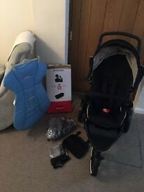 Phil and Teds Navigator Pram, with extras. In amazing condition!