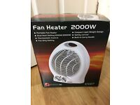 Fan heater with two settings and thermostats
