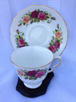 Royal Vale Teacup and Saucer, pattern 8281