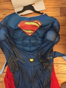 Boys size large (12-14) superman Halloween costume