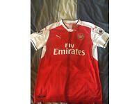 Arsenal shirt (L)