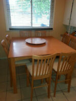 PUB/BAR STYLE DINING TABLE FOR SALE