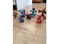 Skylanders trap team figures