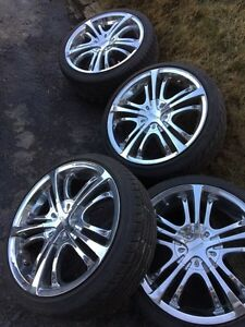 SUMMER CHROME MAGS!! 17inch w/ tires! Universal bolt pattern