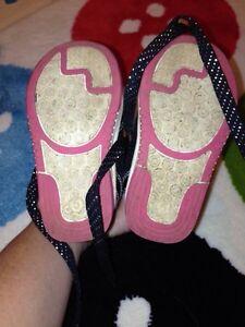 Toddler Size 5 Running Shoe Oakville / Halton Region Toronto (GTA) image 2