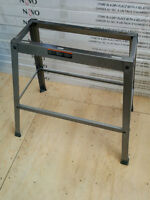 Stand pour outil neuf / New tool stand