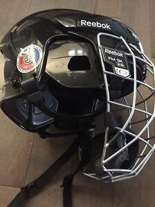 Kids Reebok Hockey Helmet with Cage Regina Regina Area image 3