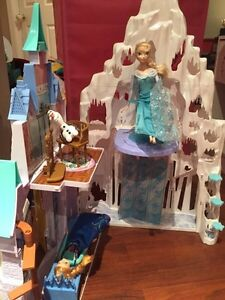 Disney Frozen Elsa Ice Palace