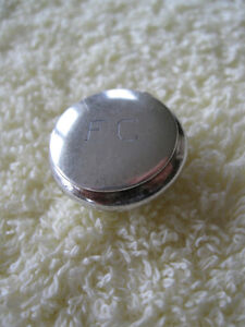 2 ADORABLE LITTLE STERLING SILVER LIDDED PILL BOXES..[STAMPED]..