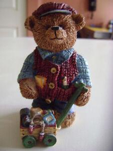 "Vintage ""ANTIQUE TEDDIES"" Handpainted Polyresin Figurines  Lot A London Ontario image 7"