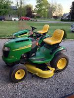 John Deere L130 Lawn tractor