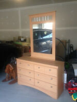 Dufresne  Dressers with mirror