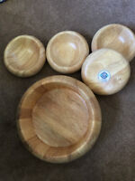 Gorgeous ethically produced salad bowl set $40 (paid over $125)