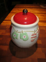 Mittens Cookie Jar