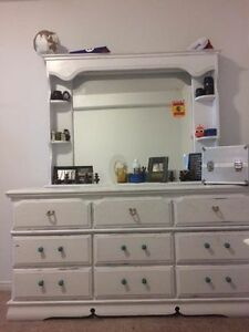 Selling Large 9 drawer dresser and night table