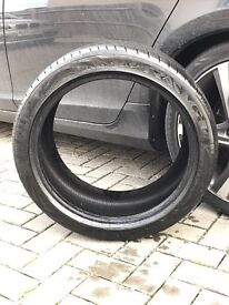 235/40ZR18 95Y almost brand new tyre