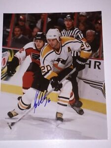 Robert Lang Autographed Pittsburgh Penguins 8x10