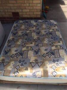 2x double bed +mattress, can delivery at extra fee.   the bed is Mont Albert Whitehorse Area Preview
