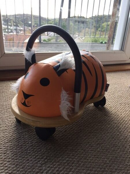 Wheely Bug tiger 'small' runabout