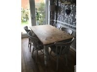 6 seater vintage/pine dinning table