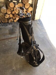 Left hand Iron set & golf bag for sale