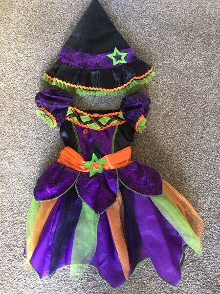 Girls halloween costumein Sunderland, Tyne and WearGumtree - Halloween witches dress and hat. Age 1 2 years. From tu Sainsburys. Excellent condition. From smoke free home. Collection from Hendon
