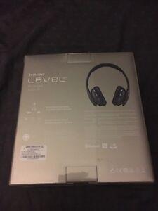 Samsung level headphones (Beats)  Windsor Region Ontario image 4