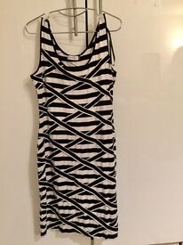 Calvin Klein - new without tag - size 12