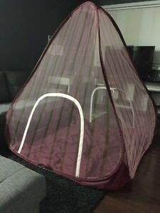 Tent for kids indoor and outdoor; new more than 5 ft;