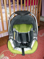 Siège d'auto Baby Trend