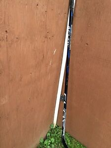 Senior right handed hockey stick lot Kingston Kingston Area image 9