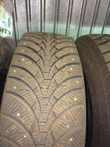 265/70r17 Ultragrip ice clouté West Island Greater Montréal image 3