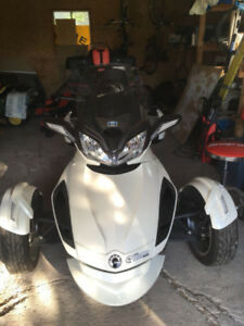 Can-Am SPYDER ST limited SE5