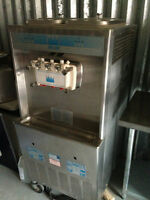TAYLOR ICE CREAM MACHINE -  3 FLAVORS - SINGLE PHASE