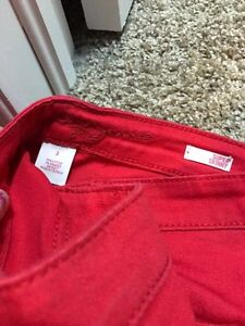 4 pairs of women's jeans/coloured jeans Kitchener / Waterloo Kitchener Area image 6