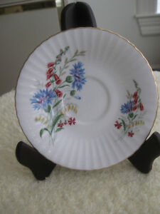 5 OLD VINTAGE FINE BONE CHINA REPLACEMENT SAUCERS